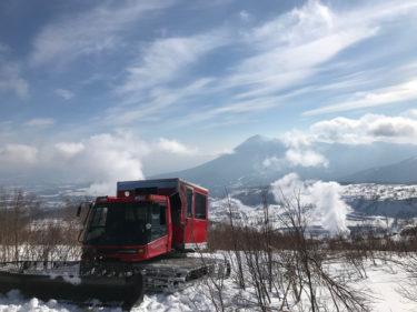 HACHIMANTAI CAT TOURS | 本州一ドライと呼び声高い八幡平パウダーをCATで滑り倒す|岩手県
