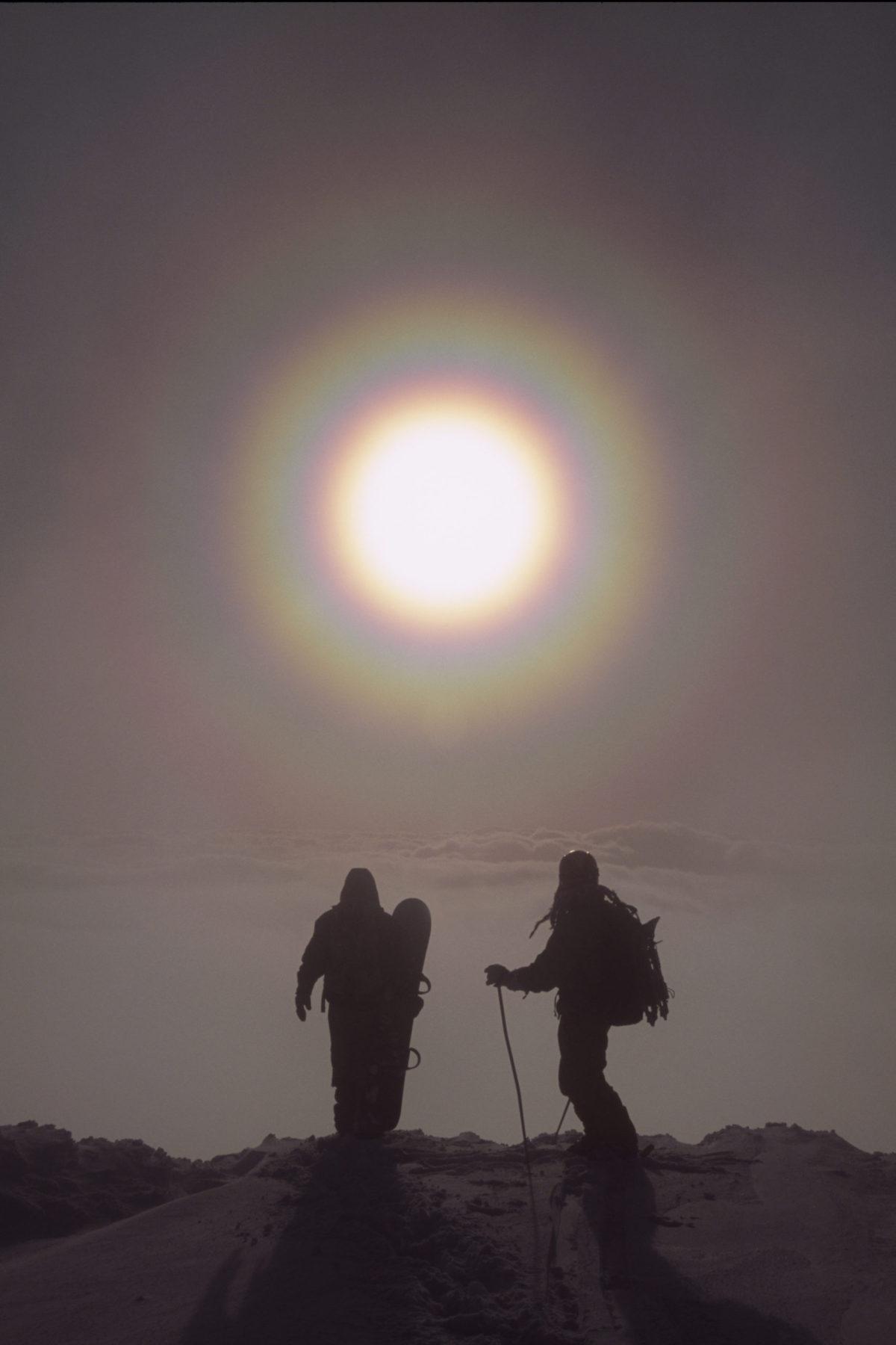 Snowboarder/Gaku Nagata Skier/Pär Dahlin Location/Mt.Yotei Niseko、Hokkaido、JPN