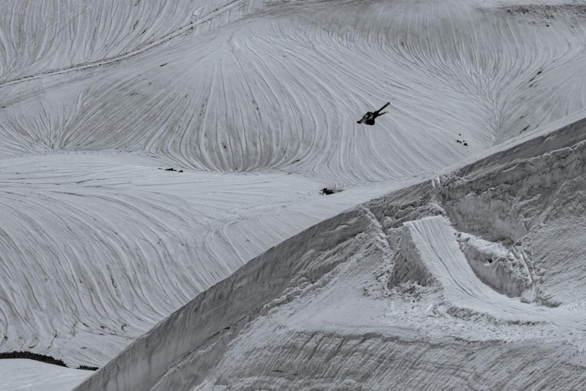 Skier/Yoshiya 'Bull'UrataLocation/Tateyama、Toyama、JPN