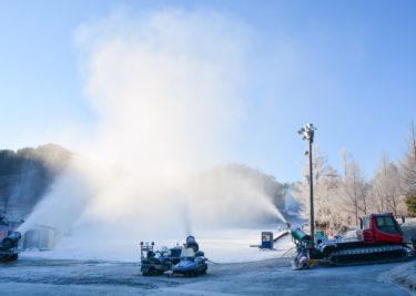 「スキー場マニアへの道」 ~降雪機&造雪機の巻~ シーズンインを支える立役者・今まさにフル稼働中!|前編