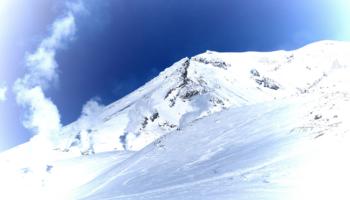 スキー場からアクセスできるバックカントリーフィールド 北海道編